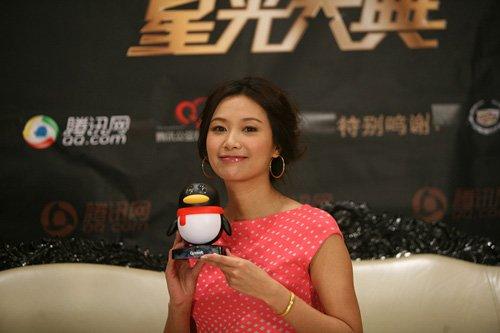 徐静蕾获年度最佳导演奖 受访分享喜悦感谢观众