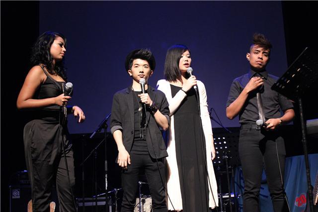 KWC卡拉OK赛亚洲区冠军开唱 吴杭捷将发单曲