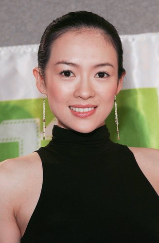 章子怡掏350万填捐款 委屈落泪坦承最难捱日子