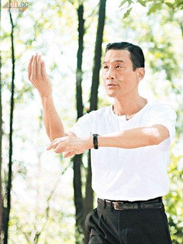 梁家辉自嘲没资格称帝 将缺席金像奖颁奖典礼