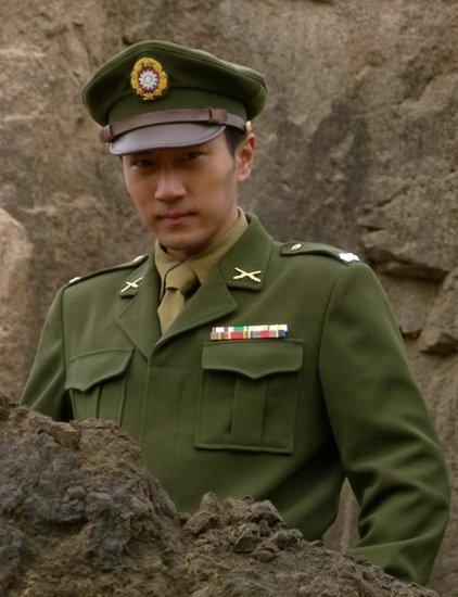 刘恺威《战火西北狼》戎装出镜 演绎军营硬汉