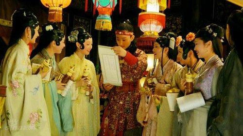 《红楼梦》冠名广告2200万 超出新《三国》
