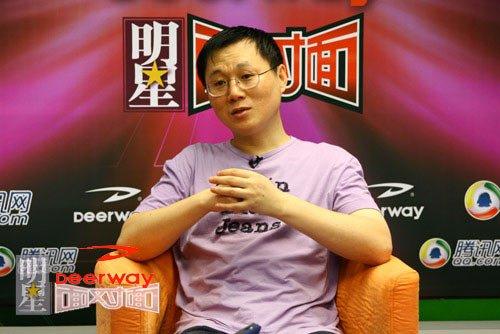 上海国际电影节《巅峰对话》主持人周黎明简介