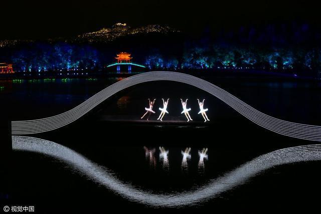 G20晚会纪录片揭秘 张艺谋是这样震撼世界的