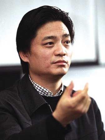 崔永元《新电影传奇》举行发布会 与周立波斗嘴