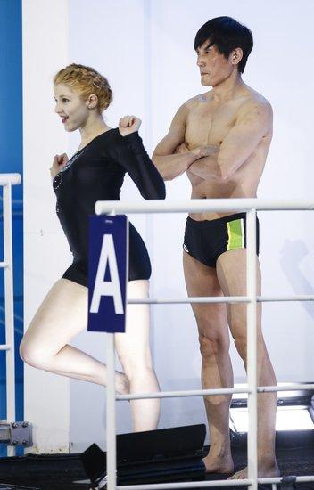 《星跳水立方》末轮复赛 韩庚缺席其余全部晋级