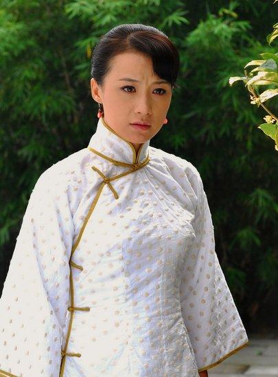《扇娘》王珂姚芊羽演姐妹 同爱迟帅变歇斯底里