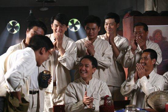 """李幼斌亮剑《师傅》 领衔工人版""""男人帮"""""""