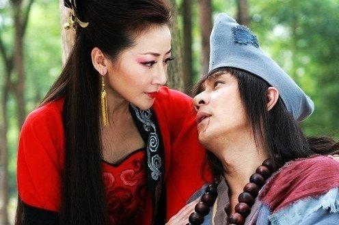 陈浩民陈紫函出演济公夫妻 现代俚语成剧中亮点