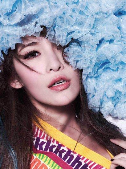 2012年歌手封号成堆 天后已满歌姬满天飞