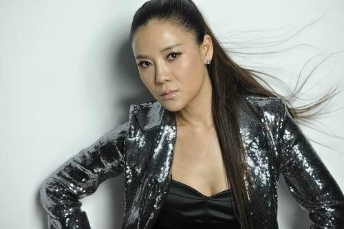 何佳怡出演新《倚天》 美丽坏女人戏路大变身