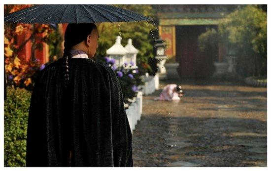 《步步惊心》雨中煽情 吴奇隆刘诗诗深情相拥