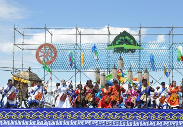2015呼伦贝尔首届国际游牧音乐节开幕