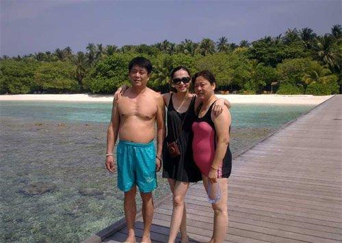 姚晨春节带父母旅游 冷静回应离婚感谢各界关怀