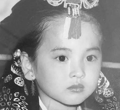 她是旺夫女王,出道20年惊艳时光,收割一众男神