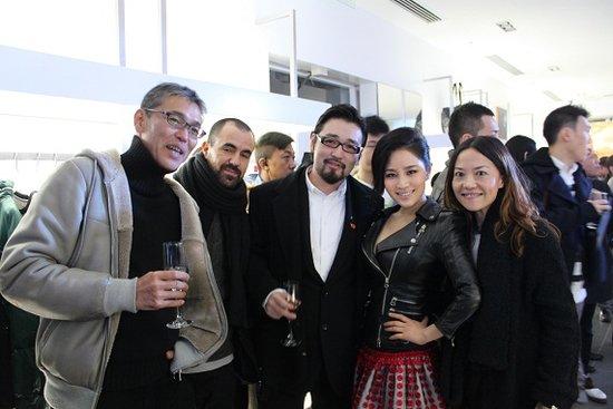 王碧儿亮相潮店开幕酒会 被媒体大赞瘦身成功