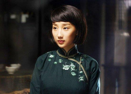《姑苏十二娘》热拍 高洋为演苏绣皇后苦学刺绣