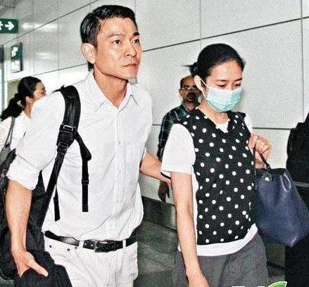 曝51岁刘德华欲追生儿子 刘父访中医买求子秘方
