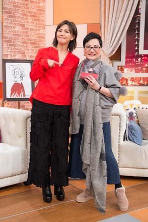 孙燕姿自曝与老公恋爱史 分享婚后生涯预计生二胎