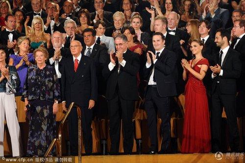 第67届威尼斯电影节开幕内场:嘉宾大合影
