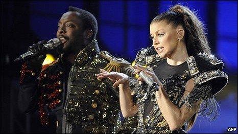 ...单曲排行榜冠军位置并33次打进前40名排行榜.主唱女歌手福...