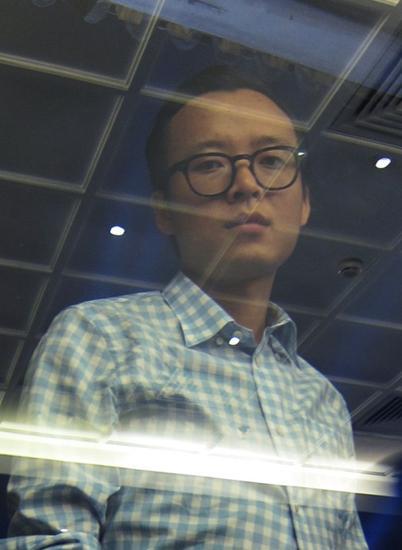 戛纳电影节竞赛单元 中国80后艺术家黄然入围