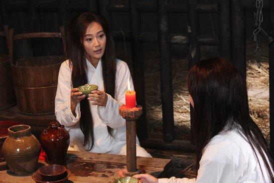 《大唐女巡按》上海热播 钟欣桐万妮恩狱中结拜