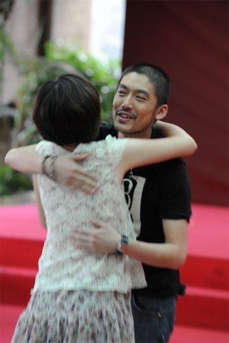 张博《三国》宣传中曝择偶标准 遭粉丝疯狂示爱