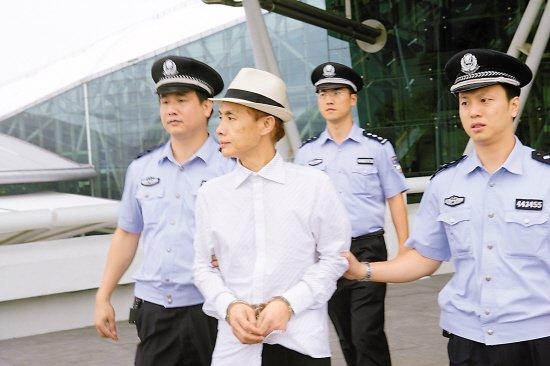 邓建国欠债300多万元不还 被拘后说马上还钱