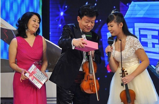 """中国梦想秀迎来""""提琴妹"""" 国际大师助圆梦(图)"""