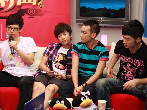 """视频:胡夏、""""三帅""""做客畅聊星光心得"""