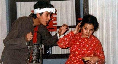 大学期间,赵薇陈坤常被分到一起演小品。