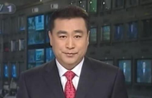 李瑞英回应传闻:与张宏民告别《新闻联播》