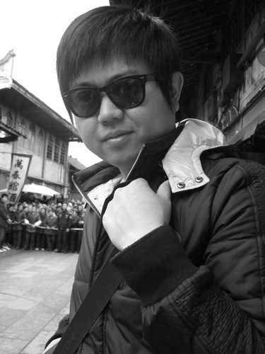 资料:《说谎的爱人》美术指导杨浩雨简介