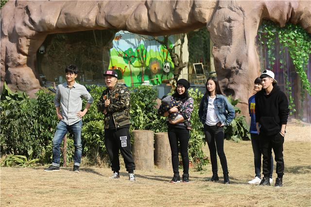 2015年1月24日湖南卫视《奇妙的朋友》全国网收视率