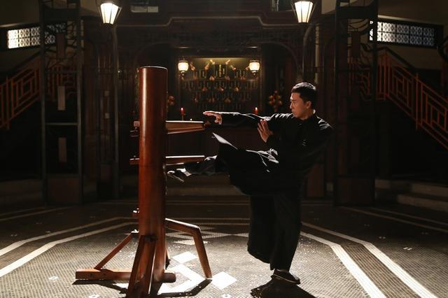 咏春传人告诉你《叶问3》里的咏春值多少斤两图片