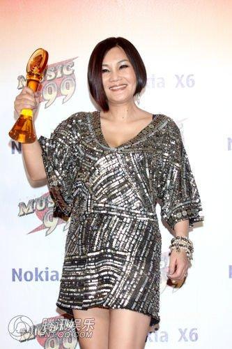 第21届台湾金曲奖 官灵芝获最佳客语歌手
