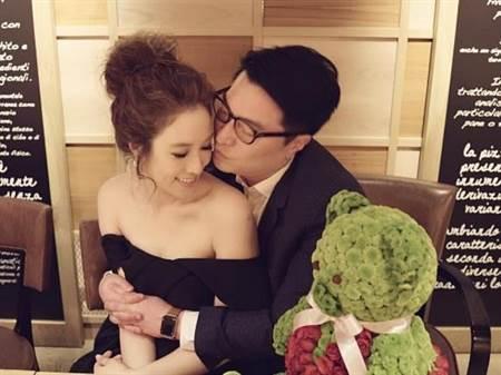 徐子淇与老公接吻被偷拍