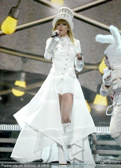 """""""格莱美"""",Taylor Swift才是大赢家"""
