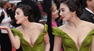 张雨绮在今年戛纳红毯上凭一袭深v低胸装抢尽风头