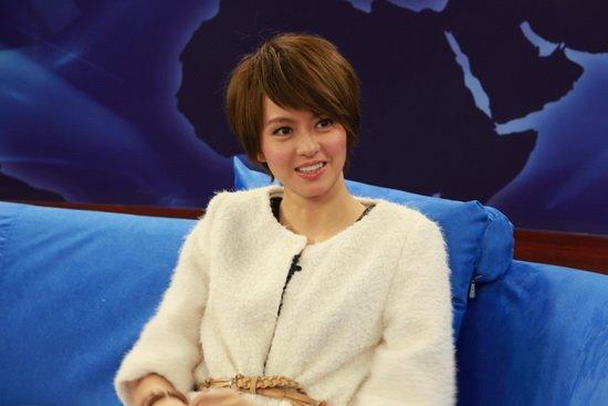 梁咏琪做客揭秘北京演唱会 在首都开唱梦想已久