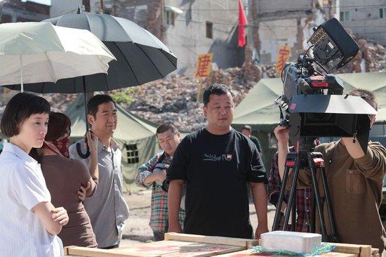 姚晓峰揭秘《大地震》拍摄 和美国警察打游击