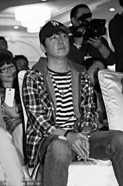 陆川:潘粤明很勇敢地站出来拍戏 很不容易