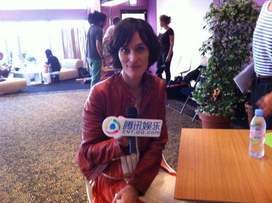 专访《三个世界》主演克劳迪德 因怀孕改剧情