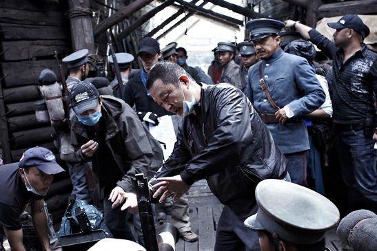 张黎拍摄的电影《辛亥革命》虽然云集了成龙、李冰冰等大腕但却票房失利