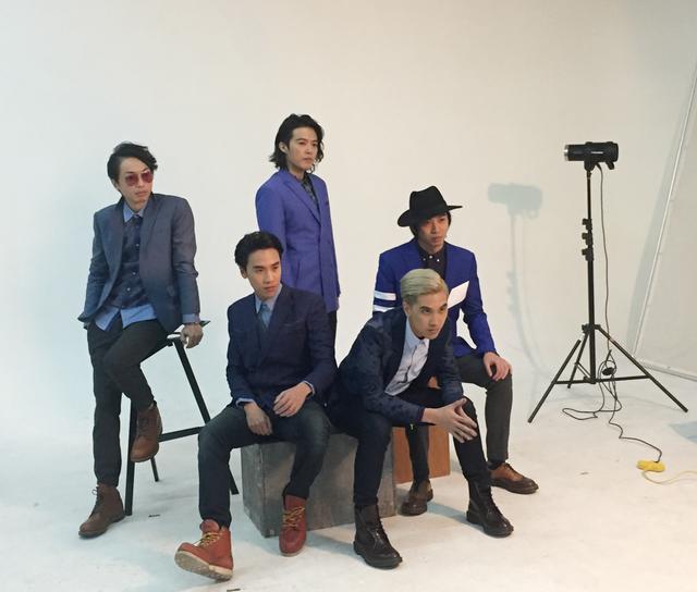 陈乐基携杀手锏乐队宣传新专辑 互爆台下趣事
