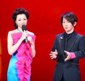 刘谦将亮相兔年春晚 继续与董卿搭档演出