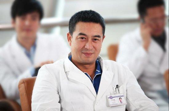 张嘉译揭秘《心术》前台幕后 自曝三大内心纠