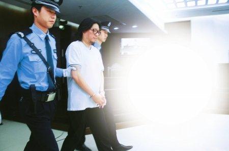 高晓松下周出狱 《达人秀》推迟录制待其归来