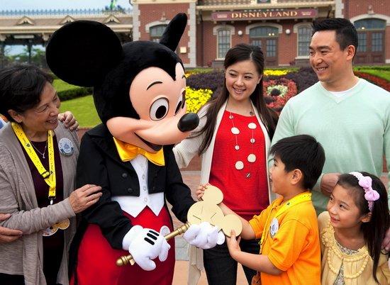 迪士尼星级款待 一起来体验惊喜连连的奇妙时刻